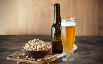 beer-and-nuts_350